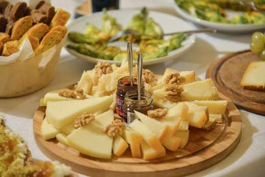 Villa Le Botti - Eat fresh local produce