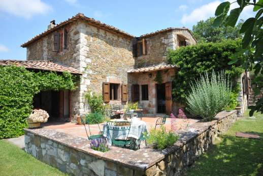 Casa al Bosco - Wonderful al fresco dining loggia, with a immaculate garden &  private pool