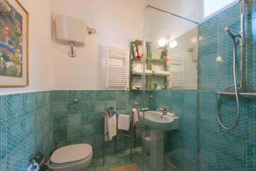 La Pergola di Montegiove  -A bathroom.