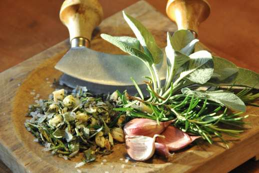 A Cooking Week at Il Cortile Pratolino - Fresh herbs for fresh food!