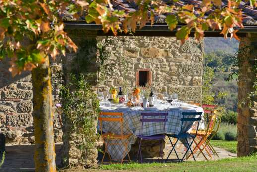 A Cooking Week at Il Cortile Pratolino - Dining loggia with access to the kitchen
