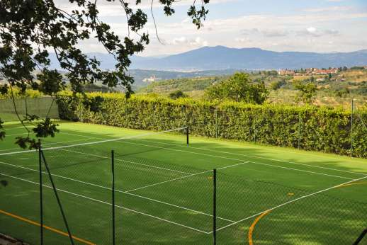 Villa di Bagnolo - Two grass tennis courts
