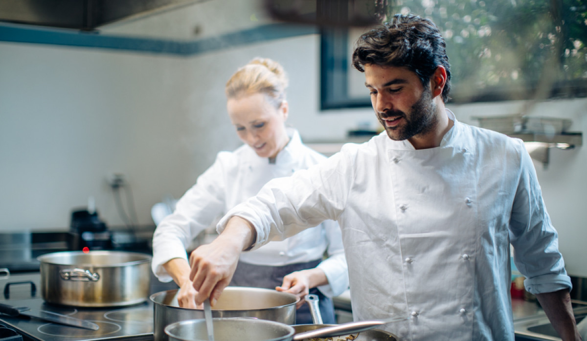 Laura & Gianluca, professional chefs based in Florence