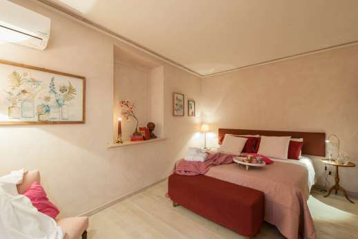 Villa Atena - Forestry first floor, air conditioned double bedroom.