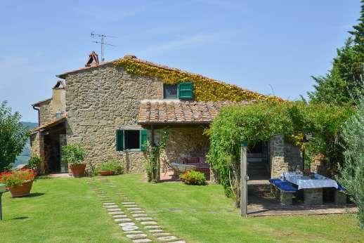 Casalta - Casalta a the picturesque stone farmhouse.