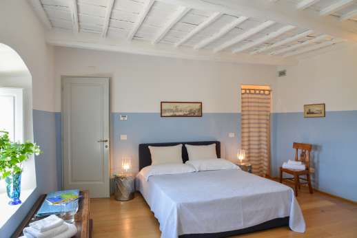 Villa Caprolo - First floor double bedroom