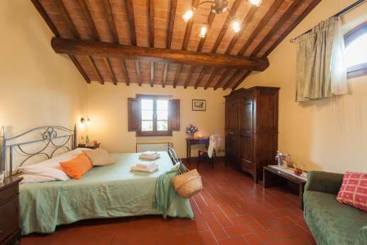 Il Renaccio (x 20 people) with Staff and Cook - Double bedroom
