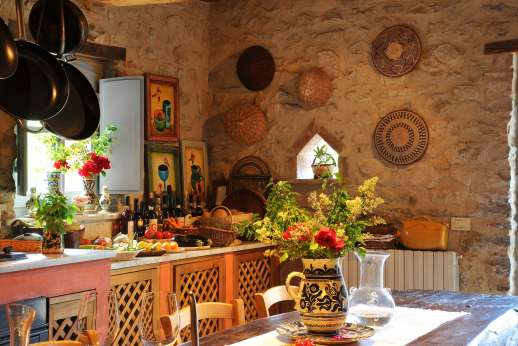 The Rose Barn - A great kitchen for passionate cooks.