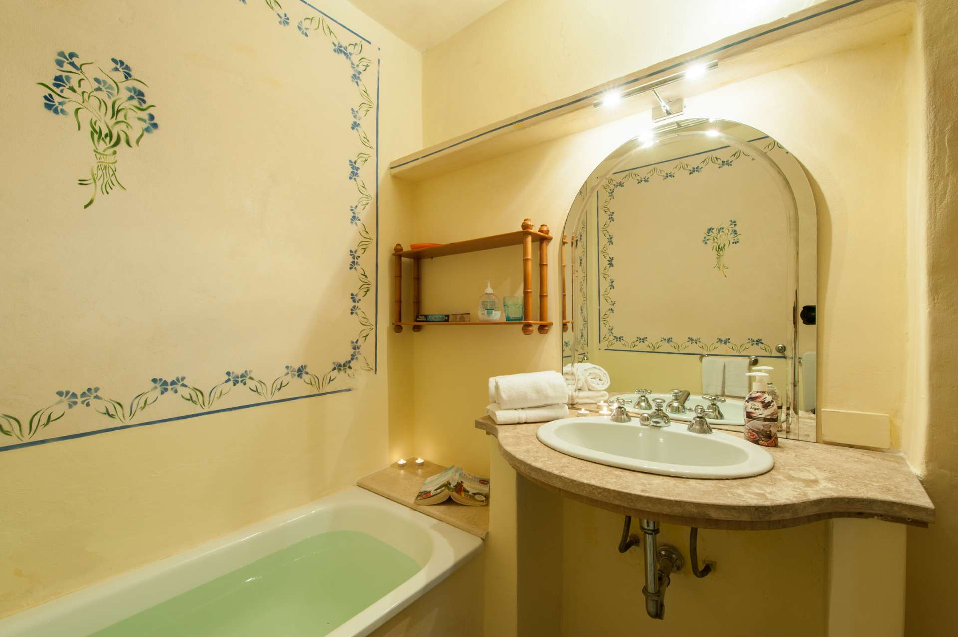 Tizzano | 9 Bed Luxury Villa with Pool | Chianti | Tuscany