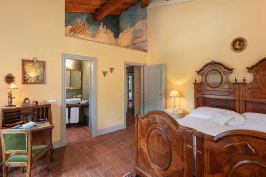 Podere Brogi - Main house first floor air-conditioned double bedroom