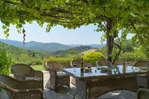 Crocci di Sotto - Breathtaking views while dining al fresco