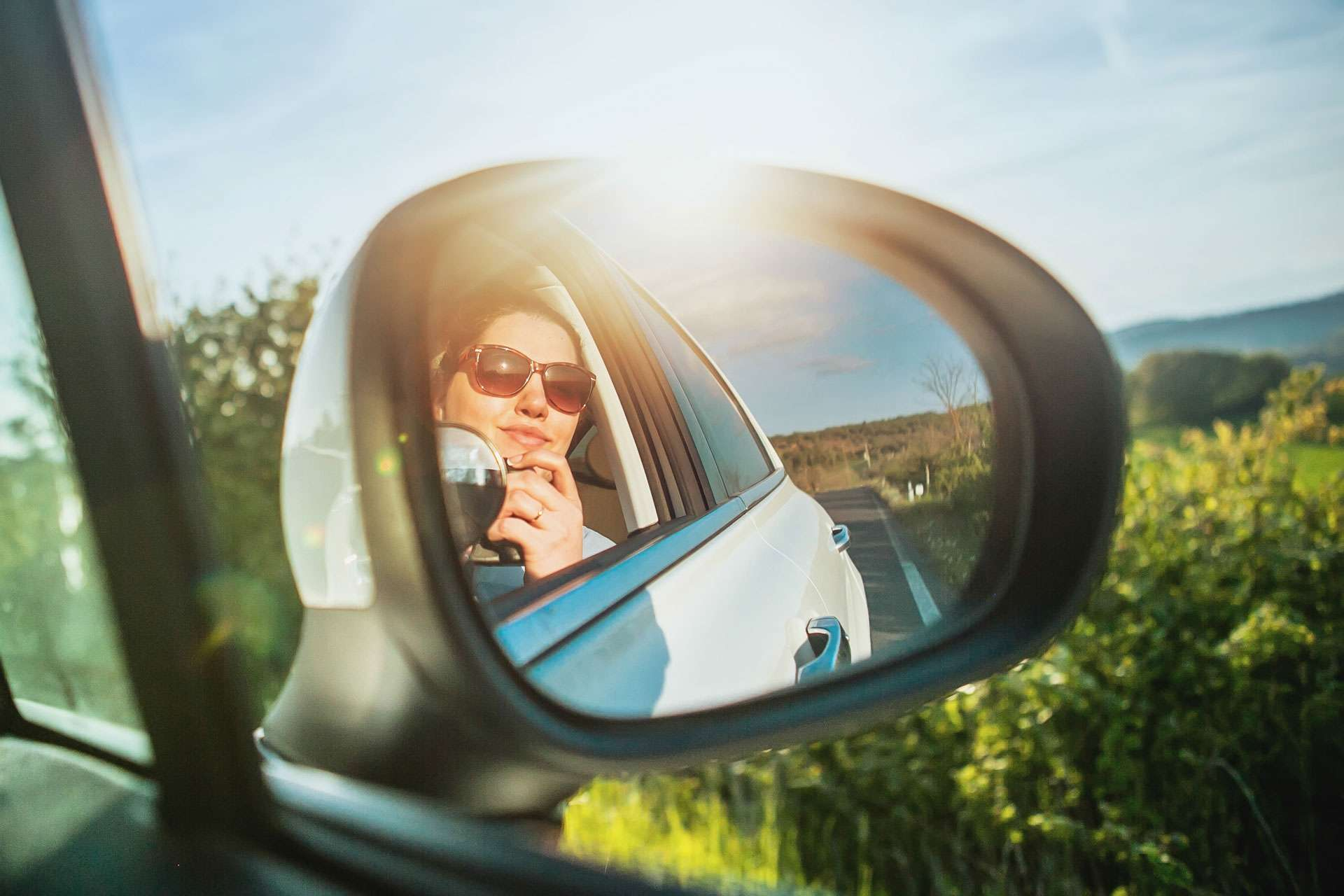 Driving like an Italian: From Choosing the Right Car Hire for your Trip to the Road Rules