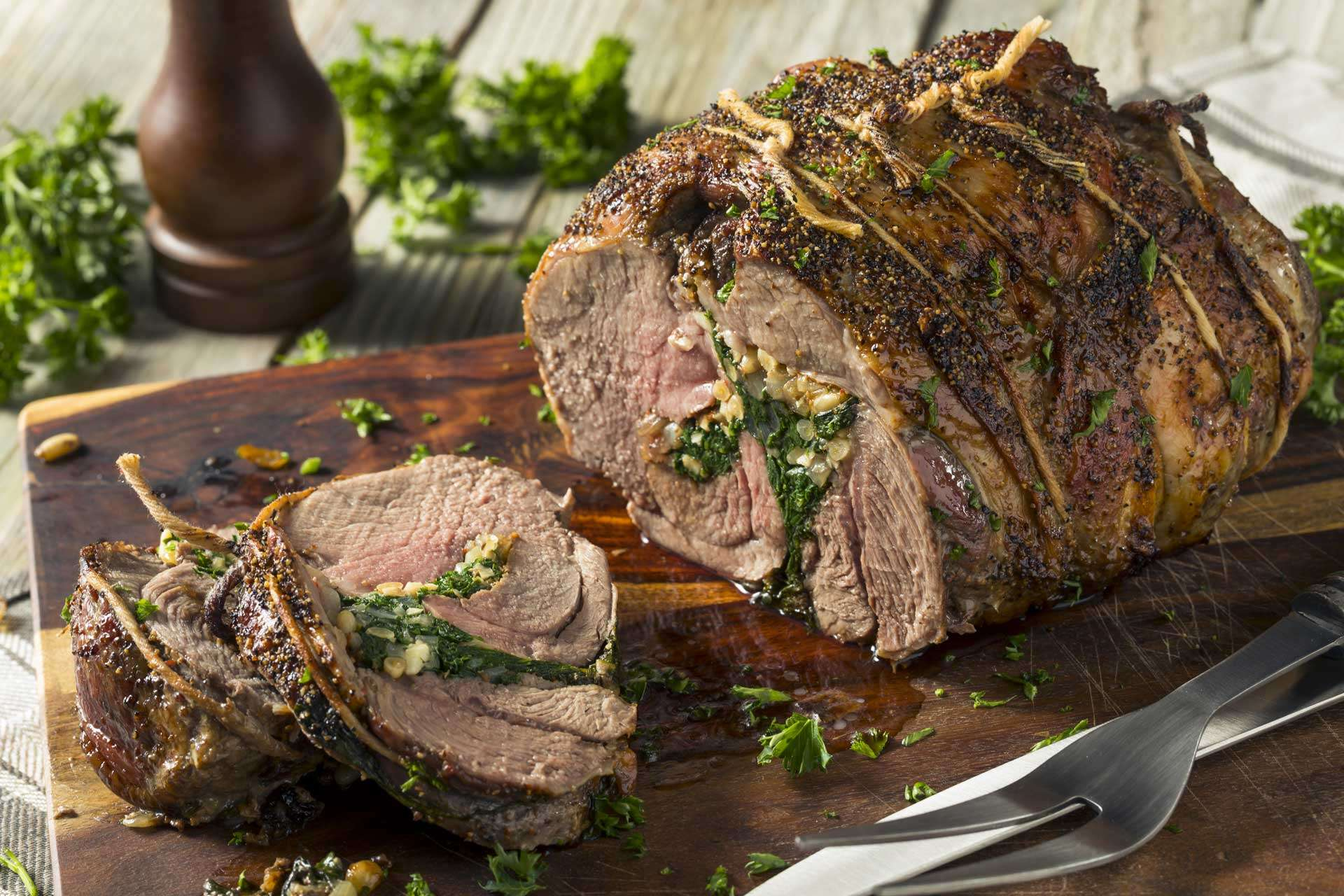 Pot-roasted Stuffed Lamb of Leg