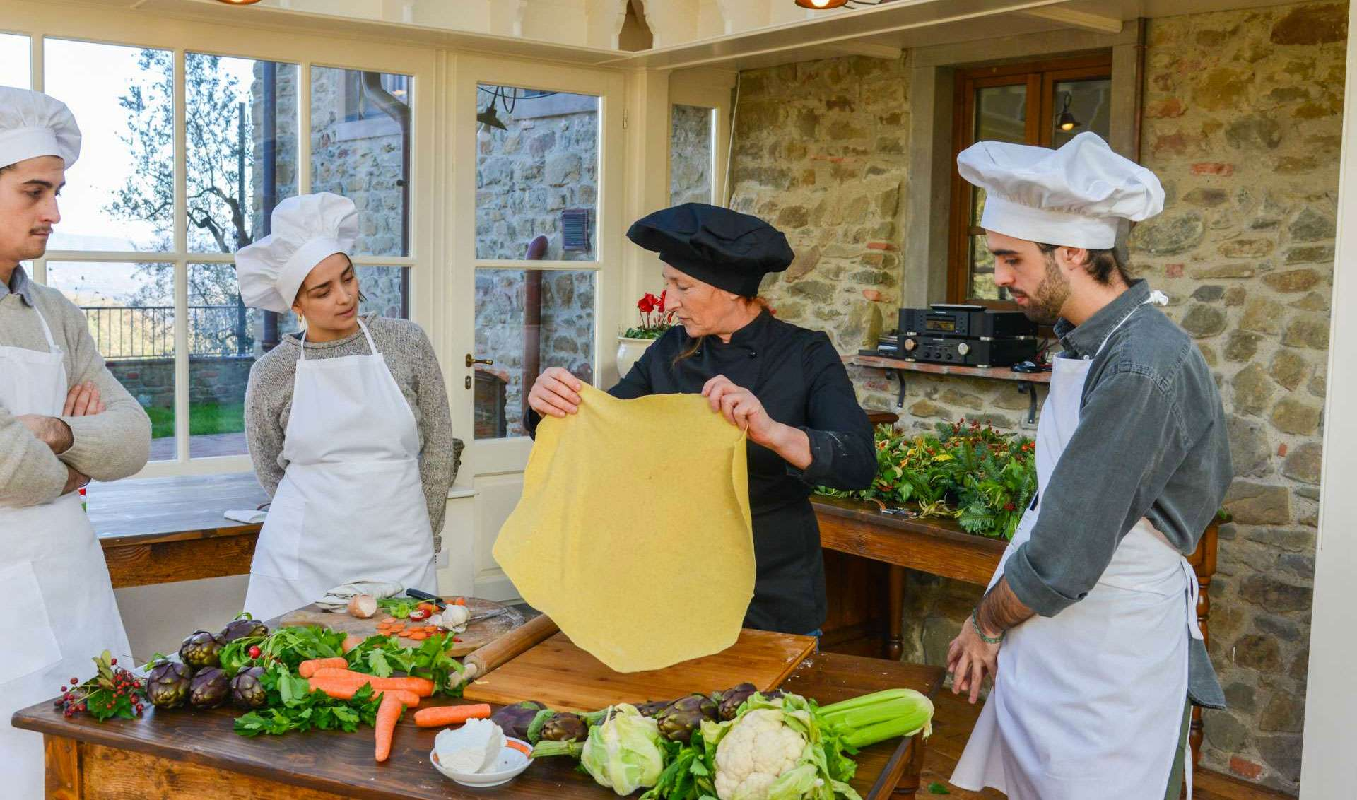 Cooking Classes in Italy: 5 Villas in Tuscany with Culinary Experiences