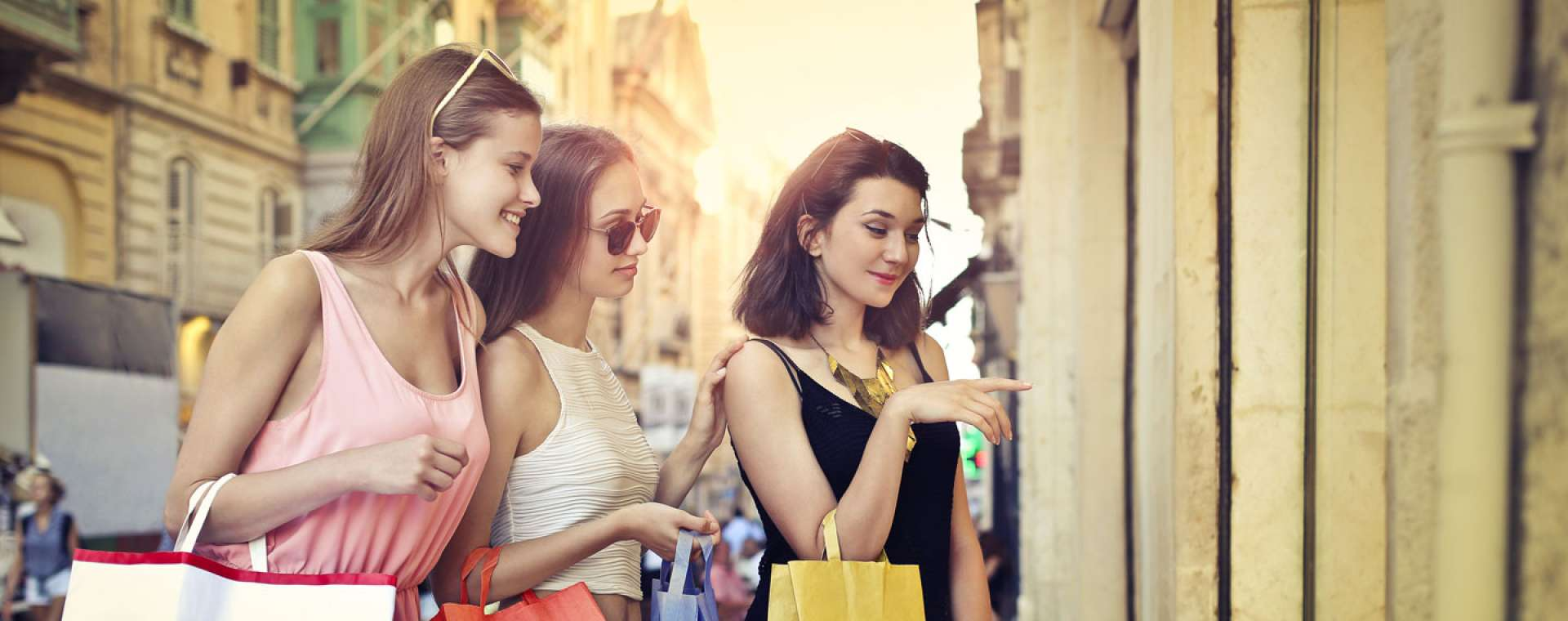Where to Shop with Teenagers in Tuscany