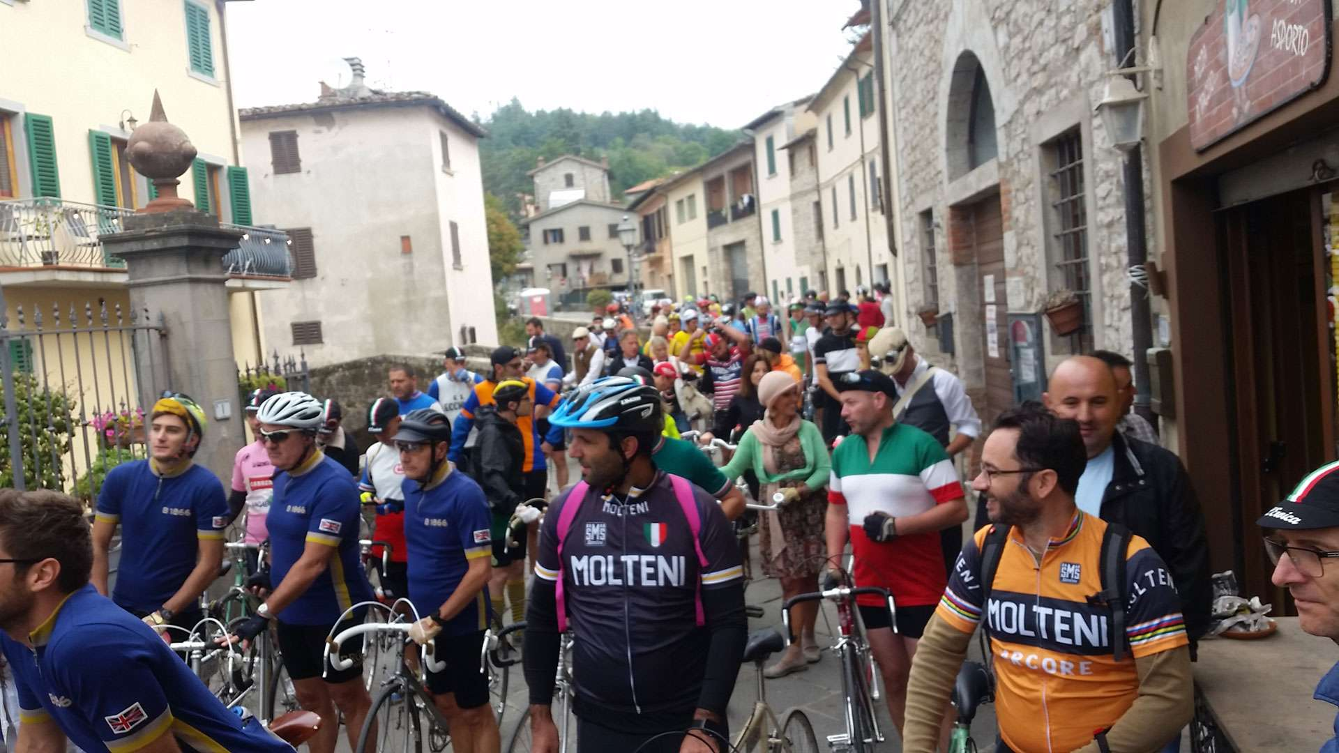 Why L'Eroica is One of the World's Best Cycling Events